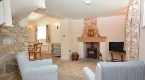 Upper Southwick Cottage Image - 1